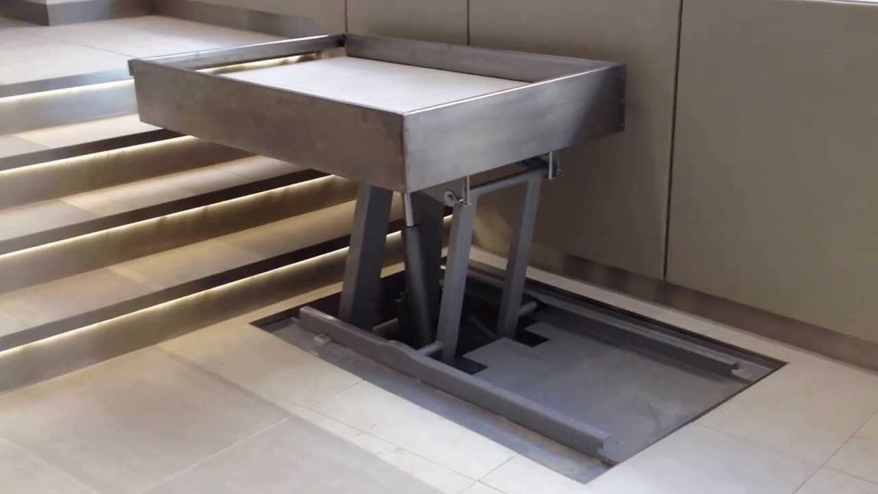 Panova Wheelchair Step Lift discreetly hidden in a pit