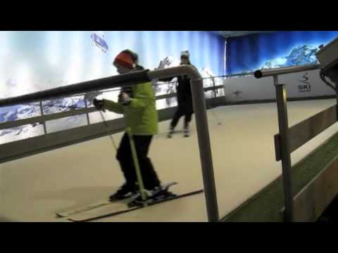 Skiing in Dublin Mountains Indoor Ski Centre