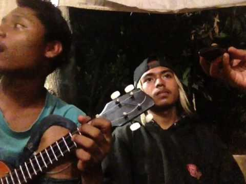 Dhyo haw ada aku disini cover kentrung/ukulele