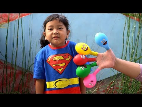 Keysha Bermain Mengisi Air Dalam Balon Daddy Finger Nursery Rhymes | Learn Colors With Balloons
