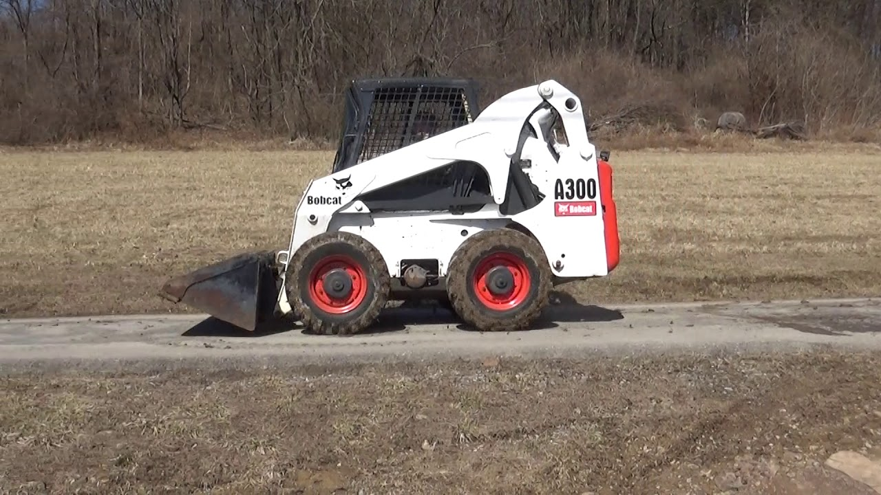 2006 BOBCAT A300 SKID STEER WITH PILOT CONTROLS AND 2 SPEED