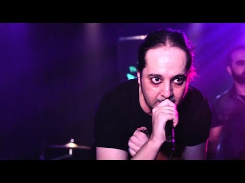 Daron Malakian & The Orbellion - Addicted and Divided [The Viper Room]