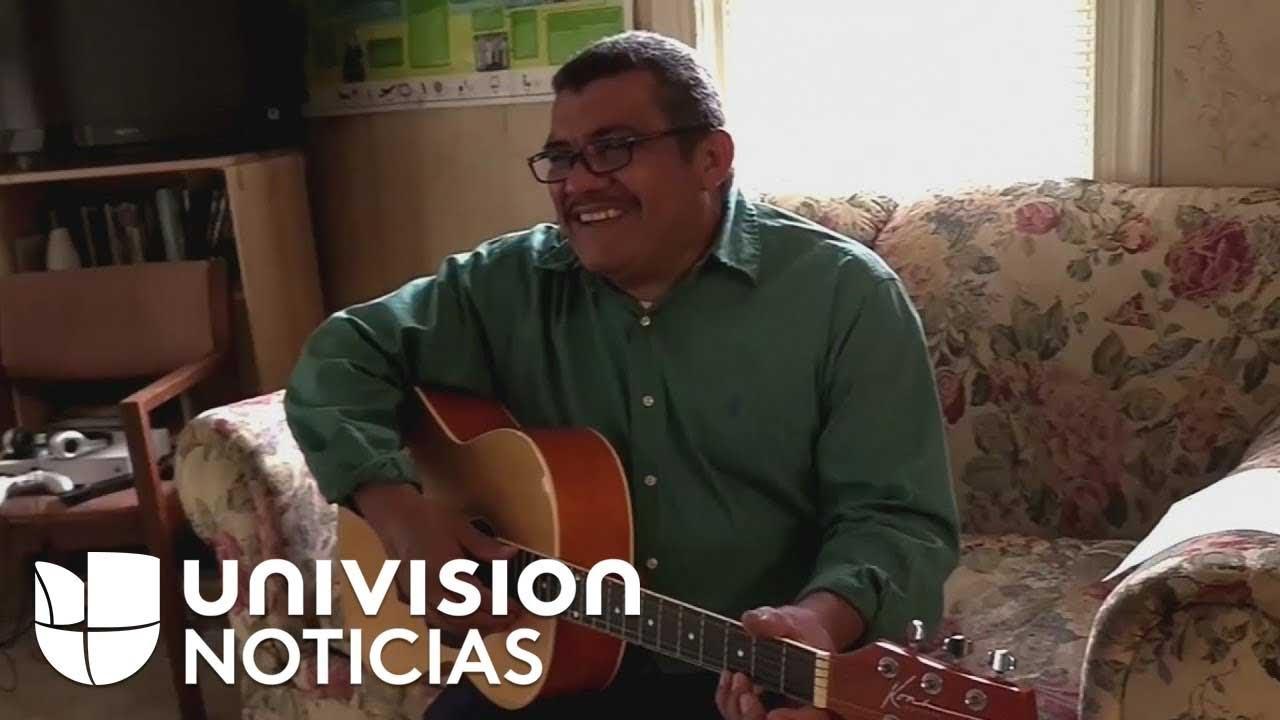 """""""Aquí tengo a mi familia, en El Salvador no tengo a nadie"""": pastor refugiado en Carolina del Norte"""