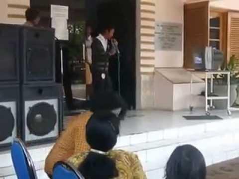 Aliem Urang Sunda (M Ade Nuralim) - Karaoke Kang Alim di RSU Bondowoso