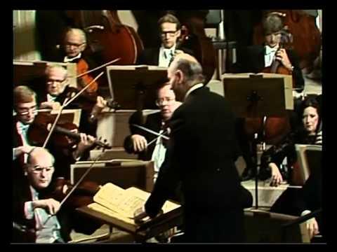 Sir Georg Solti dirigiert das   Chcago Symphony Orchestera   G  Rossini  OUVERTURE 'DER BARBIER V
