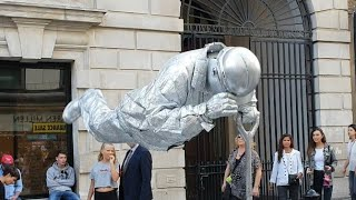 Silver man | London street performer | floating and levitating trick