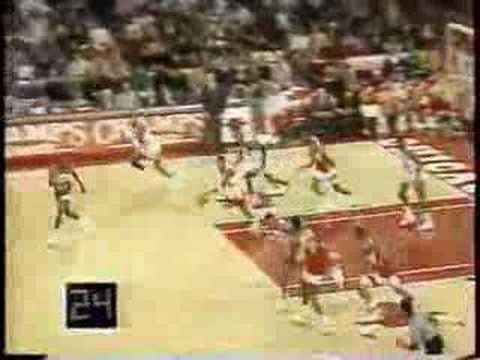 Bulls vs. Hawks 1991- 92.  Jordan 37pts/10rbs/9asts/4stls