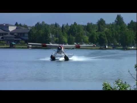 de Havilland Beaver Plane Crash at Lake Hood (HD) (Stabilized)
