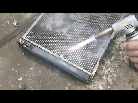 Снятие и запаивание радиатора охлаждения приора 2. ЧАСТЬ2