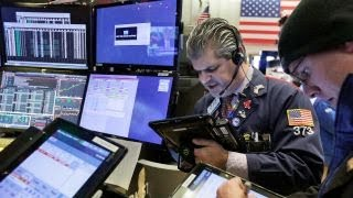 Markets get boost from strong earnings, economic data