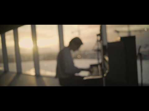 Gabríel Ólafs - Absent Minded (Official Acoustic Video)