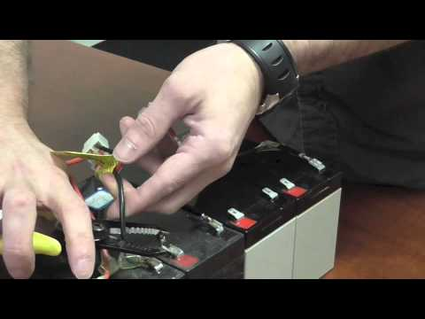 How to Wire a New Razor Scooter Battery - YouTube