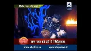 Jhalak Dikhhla Jaa-8: Watch the sizzling moves of Sanaya Irani and Kavita Kaushik