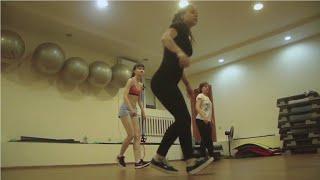 Урок Рагги Дэнсхолл //Ragga Dancehall // Школа танцев Танцквартал