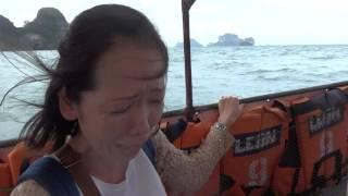 荒天のクラビ、ライレイビーチよりアオナンビーチへロングテールボート...