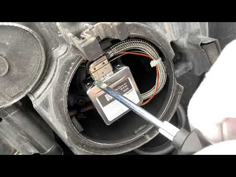 DIY How To Replace Low-Beam Xenon Headlight on Audi B8 (IN 10 EASY STEPS!)