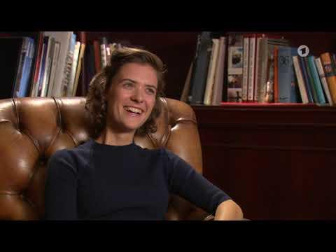 Babylon Berlin Interview Mit Liv Lisa Fries 1343446870