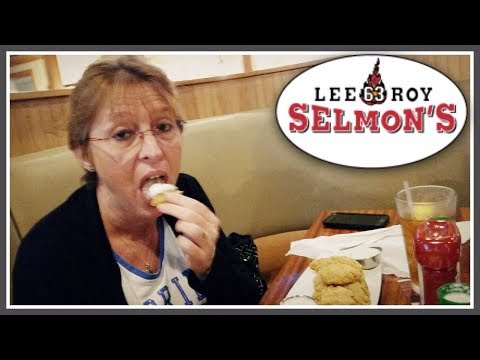 Having Dinner at Lee Roy Selmon