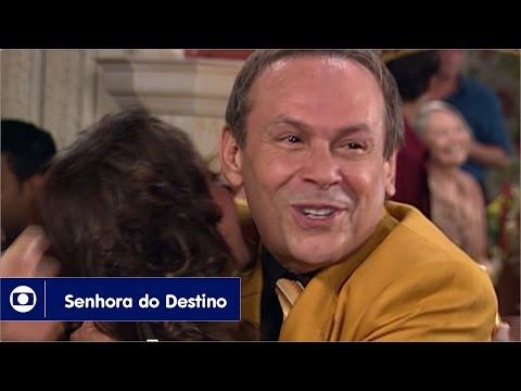 Senhora do Destino: capítulo 10 da novela, sexta, 24 de março, na Globo