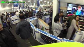 Black Friday 2015 Madness - Crazy Asian Invasion at Best Buy!