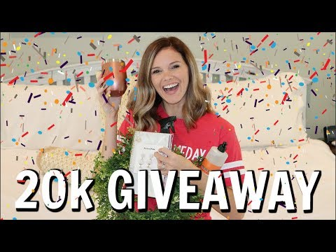20K GIVEAWAY // FARMHOUSE WREATH, CLEANING PRODUCTS, EARRINGS AND MORE! // THANK YOU!!!