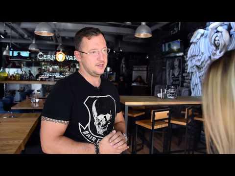 Чё по еде   Бургеры для мужиков в баре Cernovar   Самое брутальное заведение Москвы