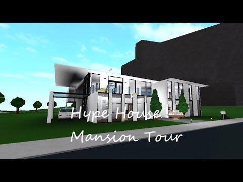 Meepcity Roblox Modern House Tour Youtube The Hype House Bloxburg The Hype House 2020