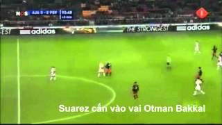 Những lần cắn người của Suarez :3 :3 :3 :3