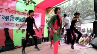 স্কুলের কচি মেয়ের একটা হট ডান্স দেখুন মাথা পুরাই নষ্ট হয়ে যাবে || Bangla stage dance 2017