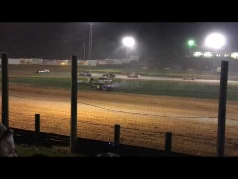 4-15-17 Bomber Feature at Lincoln Park Speedway