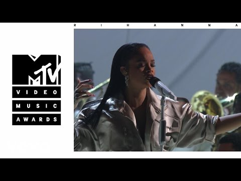 Rihanna  Stay  Love On The Brain  Diamonds  From The 2016 MTV VMAs