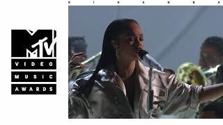 "Rihanna - Stay / Love On The Brain / Diamonds (Live From The 2016 MTV VMAs)(Rihanna performs a medley of ""Stay,"" ""Love On The Brain,"" and ""Diamonds"" live at the 2016 MTV Video Music Awards at Madison Square Garden in New York ..., 2016-09-03T16:00:00.000Z)"