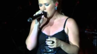 Kelly Clarkson Breathe 2AM Anna Nalick cover Thackerville, OK 08-04-12.mp3