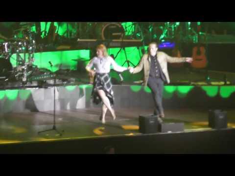 The Kelly Family * Dortmund 20.05.2017 * Joey, Patricia and Jimmy dance on Irish music