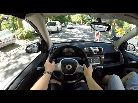 Smart fortwo 1.0 mhd Cabrio (2013) - POV City Drive (Top up)