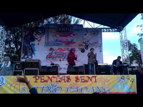 Rise Sanda dan Dedi - Babiduak Mangko Badayuang (Ipank) | Semi Final | STTIND Padang Got Talent 2017