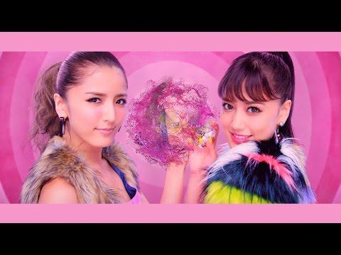 E-girls藤井姉妹「ShuuKaRen」で初CM 踊りながら髪型&衣装が変化 UHA味覚糖「e-maのど飴 モーフィング」篇