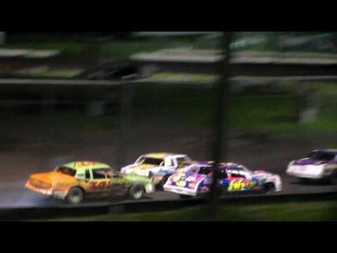 Hobby Stock Amain @ Iowa State Fair Speedway 06/03/16