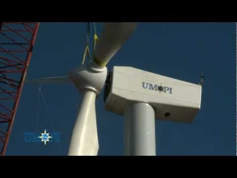 500kW Wind Turbine - Assembly of Nacelle and Tower - Free Breeze UK