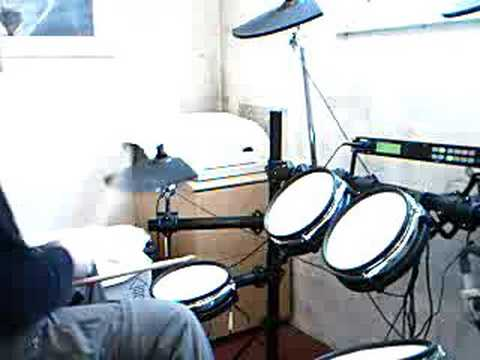 drums learning to play on a alesis dm5 pro electronic drum kit youtube. Black Bedroom Furniture Sets. Home Design Ideas