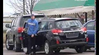 Мукачево. Видео очевидцев. Начало перестрелки. Бандиты на джипах. Новости Украины сегодня Мукачево
