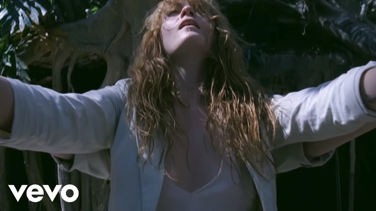 florence-the-machine-how-big-how-blue-how-beautiful-florencemachinevevo