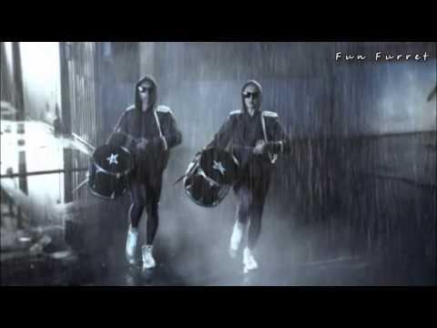 Tinchy Stryder Ft. Melanie Fiona - Let It Rain 'Club Junkies Remix' (Fun Furret Video Edit)