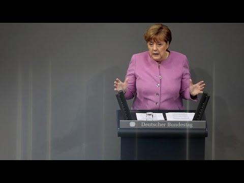 Merkel fordert von Ankara: Nazi-Vergleiche müssen aufhören