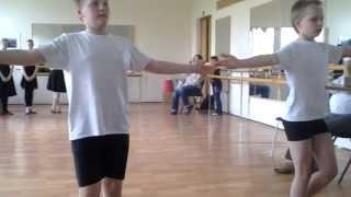 Открытый урок народного танца.