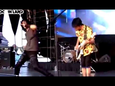 GIGI - Terbang [Live at Java RockingLand 2013]