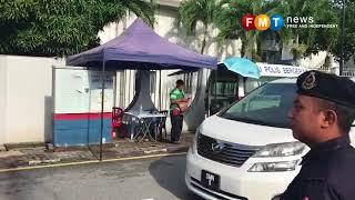 Najib leaves for Pekan