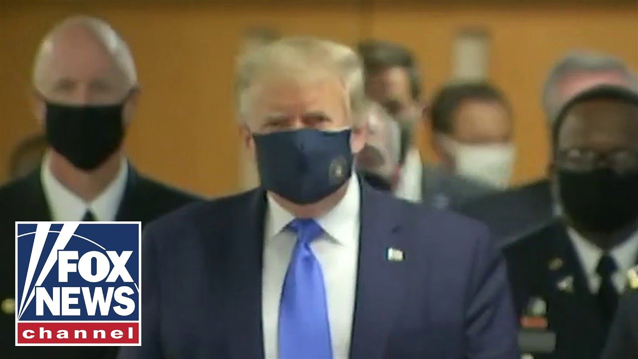 Trump wears mask during Walter Reed visit