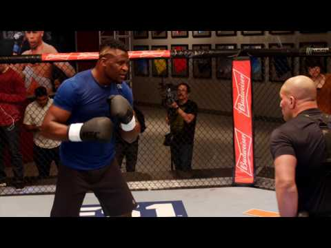Francis Ngannou works out in Las Vegas for members of the media