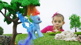 Литл Пони играют в прятки - Игрушки Пони - Мультики для девочек